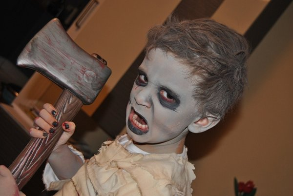 best-halloween-makeup-for-kids-to-try-in-2014-001